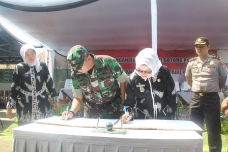 Pencanangan Bulan Bhakti Gotong Royong Tingkat Kabupaten Subang Tahun 2016
