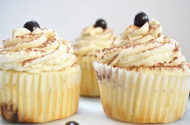 Tiramisu Cupcakes #cake #desserts