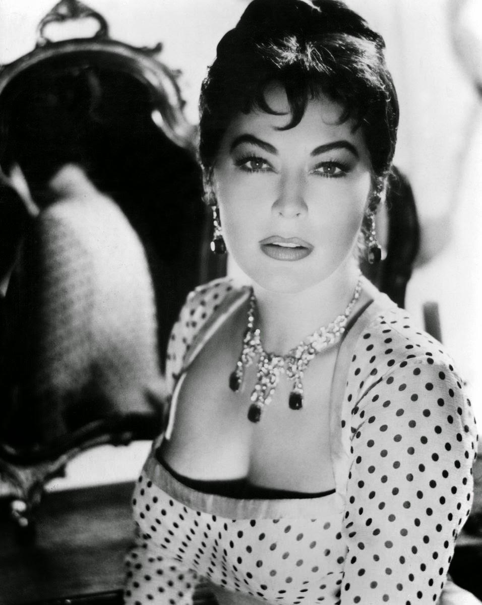 Ava Gadner - Harem (1986)