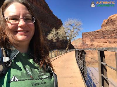 Colorado River Walkway in Moab - A EASY Walk