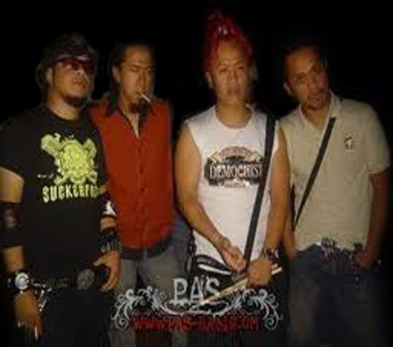 yukie pas band