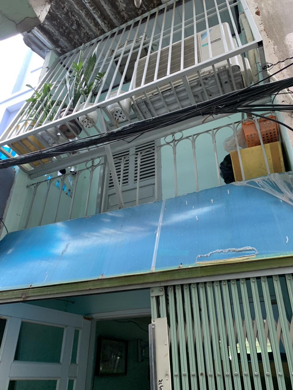 Bán nhà nhỏ xinh đường Tạ Quang Bửu phường 3 Quận 8 giá rẻ 2 tỷ 100