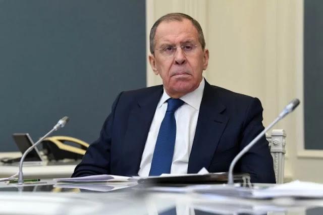 Il ministro degli Esteri russo respinge il suggerimento di usare la pandemia per espandere l'influenza politica