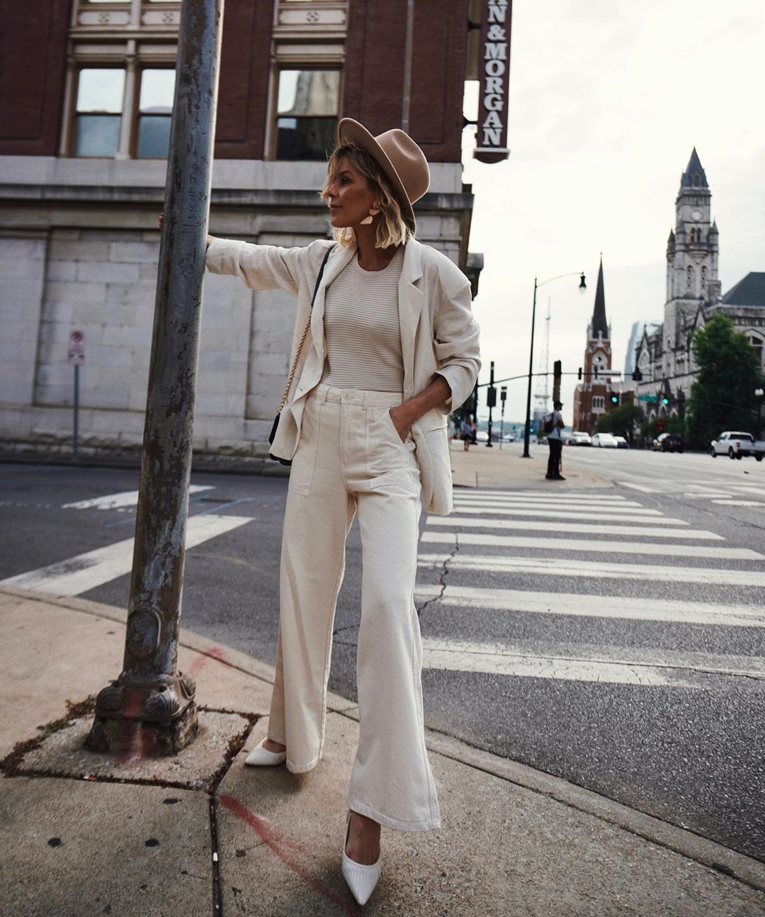 This All-White Look is So Stylish for Spring
