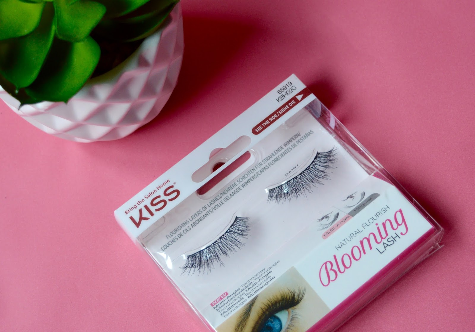 Kiss Blooming Lashes Daisy