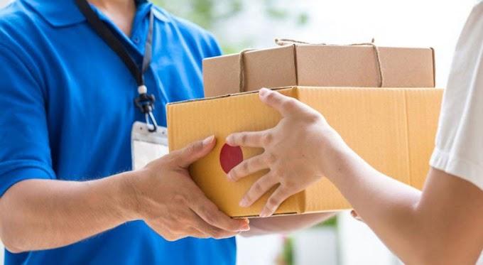 Egy kutatás szerint a javult a csomagszállítók és a webáruházak megítélése