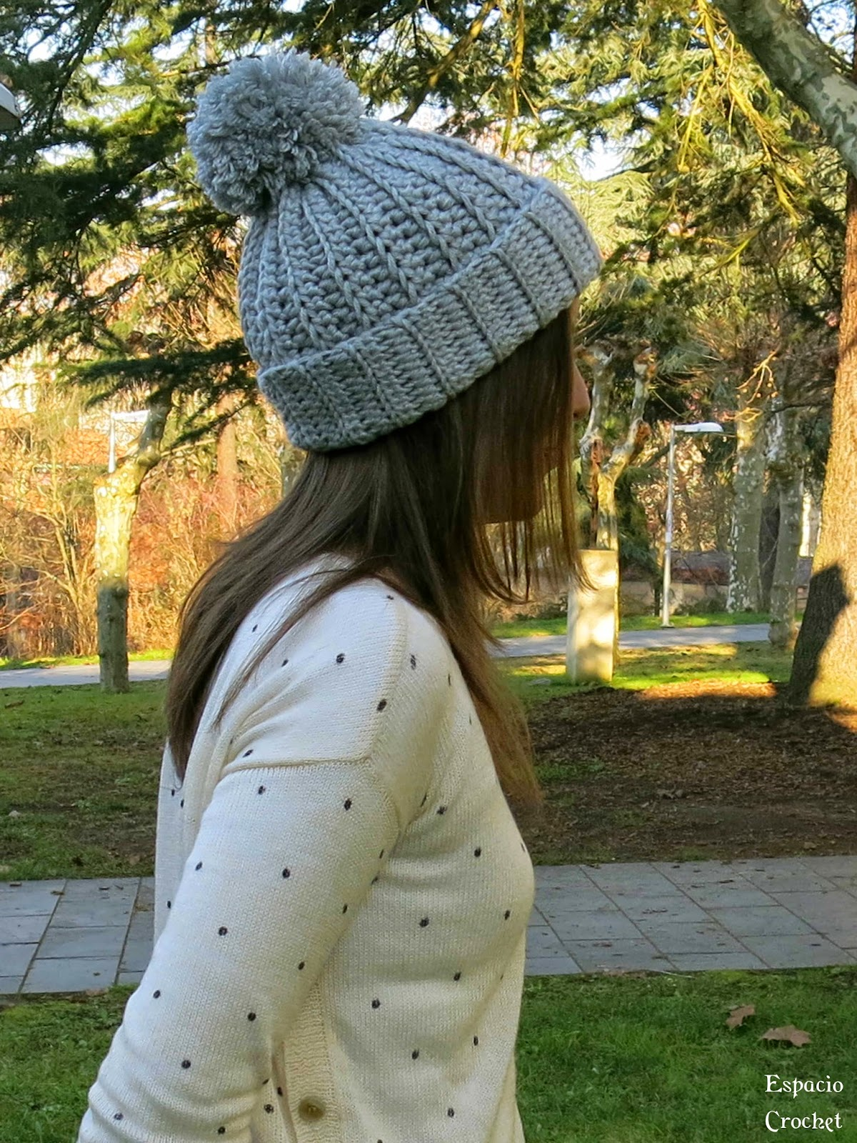 Gorro con pomp n espacio crochet for Imagenes de gorros de lana