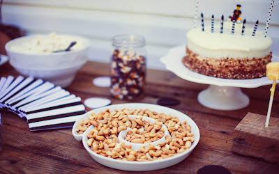 Free stock photos of food and high quality - Homemade Birthday Party Cake free image.