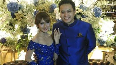 Foto Pernikahan Gilang Dirga Dan Adiezty Fersa