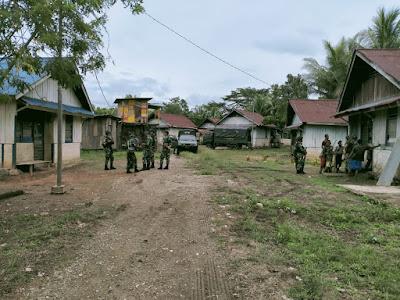 Satgas Yonif 512/QY Hidupkan Kembali Listrik di Kampung Yabanda Perbatasan Papua
