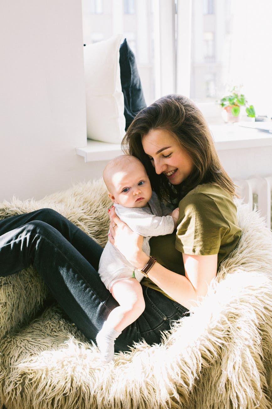 Garder un enfant à Lyon, nos conseils pratiques