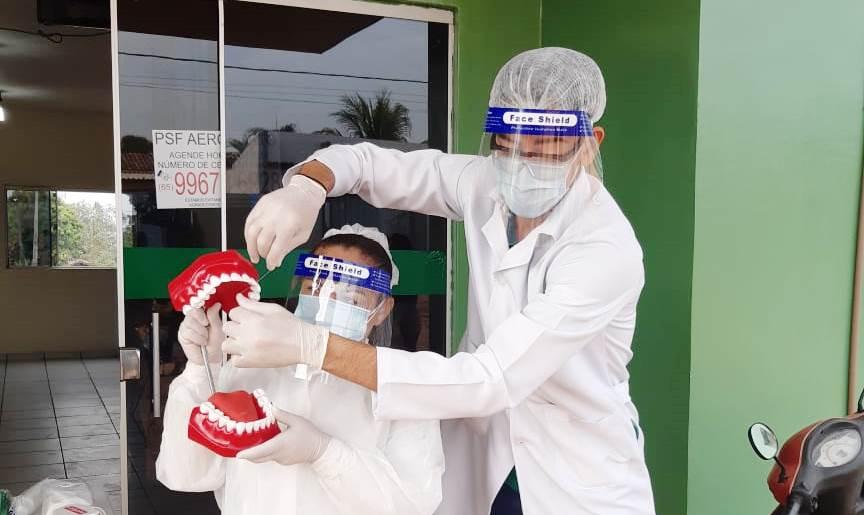Crianças do Bairro Aeroporto recebem palestra sobre higiene bucal