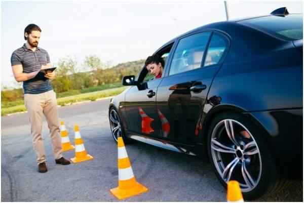 Cara Mencari Biaya Kursus Mobil Terjangkau