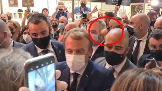 Presiden Prancis Emmanuel Macron Dilempar Telur Saat Hadiri Pameran Makanan