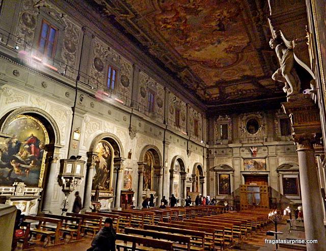 Interior da Igreja de Ognisanti (Todos os Santos), Florença