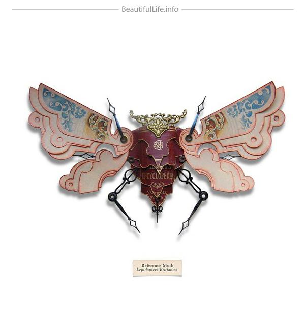 Insecto hecho con cosas de reciclaje