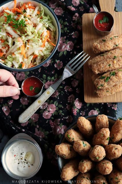 jak się robi tureckie kofty, przepis na koftesi, klopsiki z soczewicy przepis, dania kuchni tureckiej