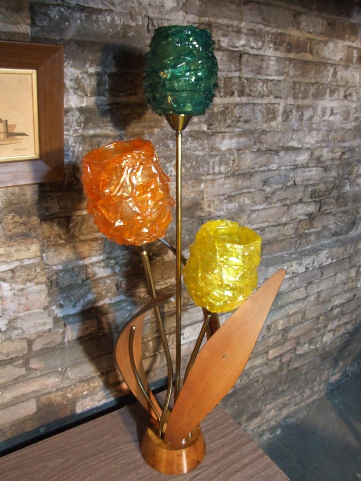 Mid Century Chicago Teak And Lucite Danish Modern Table Lamp
