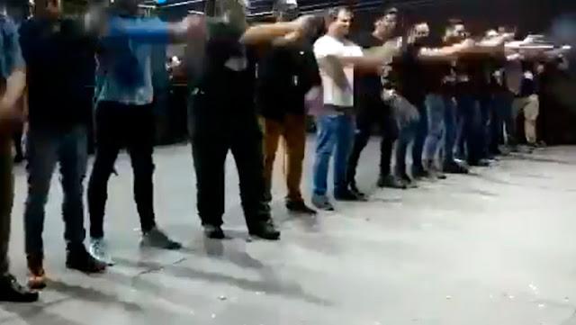El hijo de Bolsonaro publica un video violento en el que 15 francotiradores exaltan al presidente mientras disparan sus armas