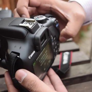 Biar Momen Memotret Makin Keren, Kamu Wajib Memiliki Kamera DSLR Ini!