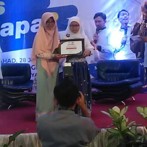 juara 2 Lomba Menulis Cerita Pendek Anak yang diselenggarakan oleh YDSF Malang