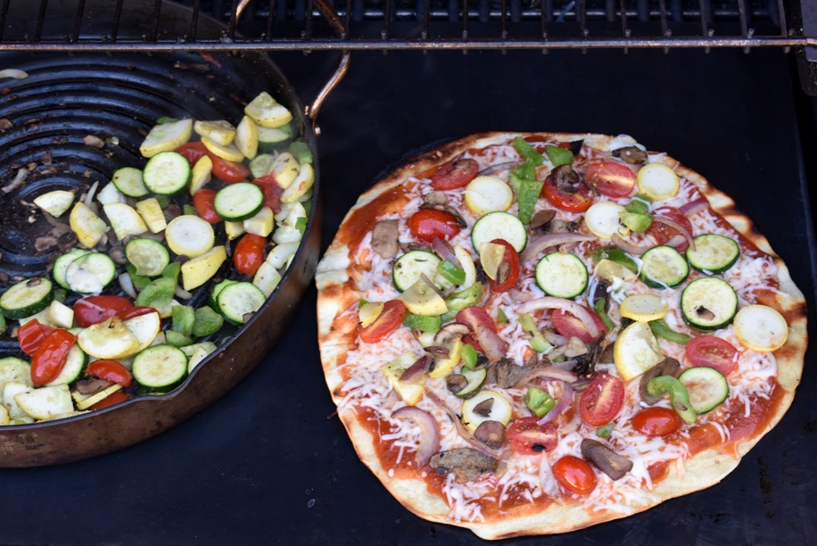 Veggie pizza on the grill