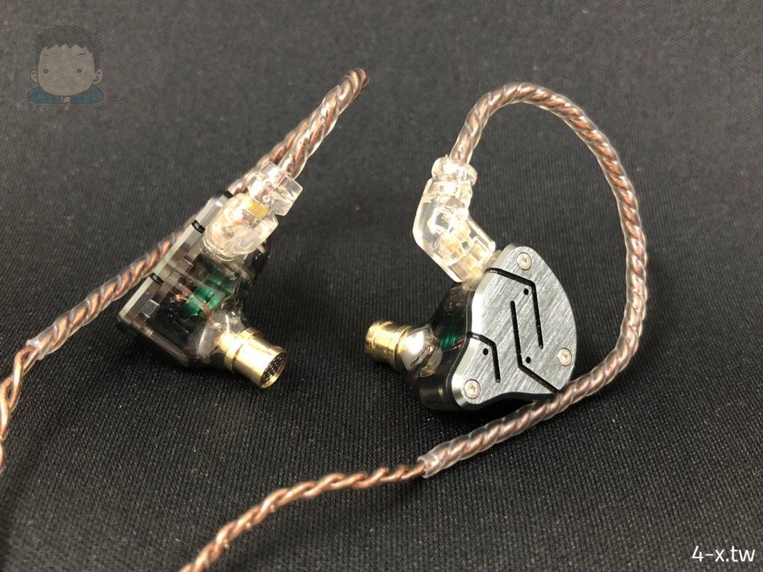 KZ ZSN 耳機與線材(雙耳)