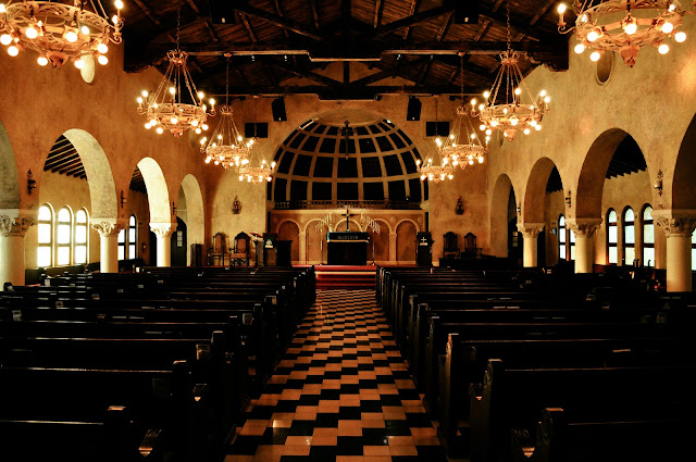 Biltmore Hotel e Coral Gables Congregational Church