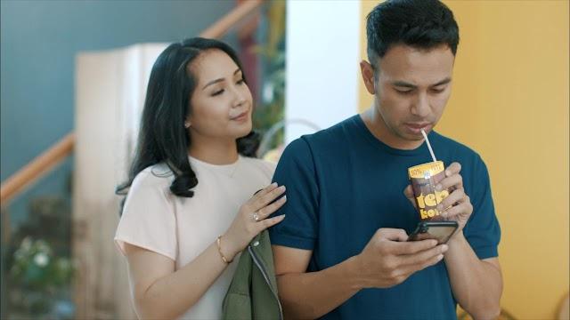 """Nagita Slavina Ceritakan Kisah Hidupnya Lewat Video Klip """"Menerka-nerka"""""""