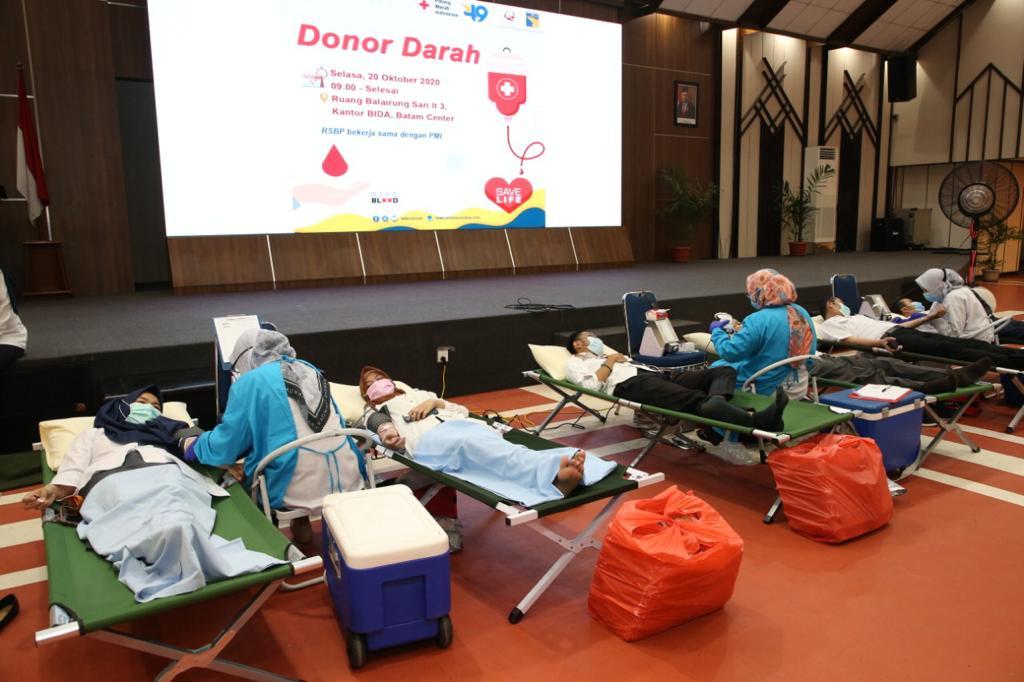 Sambut Hari Bakti BP Batam Ke 49, RSBP Batam Bersama PMI Gelar Donor Darah dan Bakti Sosial
