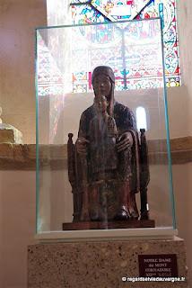 Eglise de Saint Nectaire. Vierge en majesté du mont Cornadore.