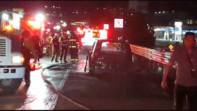 Automóvil se incendia completamente en la carretera 57