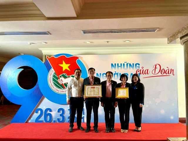 """CP Vietnam's members received the HCYU """"For Young Generation"""" medals"""
