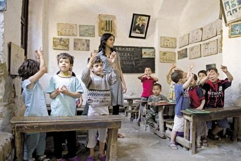 """رصيف الصحافة: """"فرنسة التعليم"""" تقسم """"إخوان"""" حزب العدالة والتنمية"""