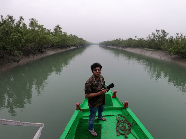 boat ride in sunderbans