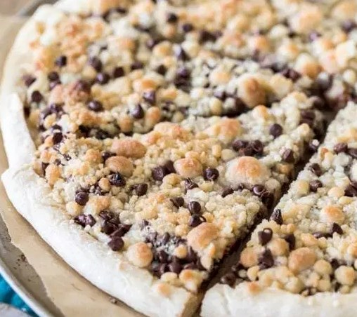 Chocolate Chip Dessert Pizza #sweets #cake