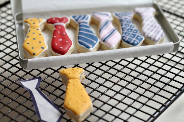 Neckties cookies @www.thecookiecouture.com
