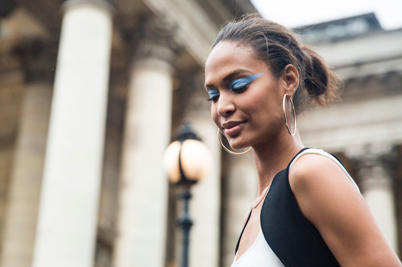 Couture A/W 2016 Street Style: Joan Smalls