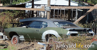 junkyard life classic cars muscle cars barn finds hot rods and part news 10 01 2011 11 01. Black Bedroom Furniture Sets. Home Design Ideas