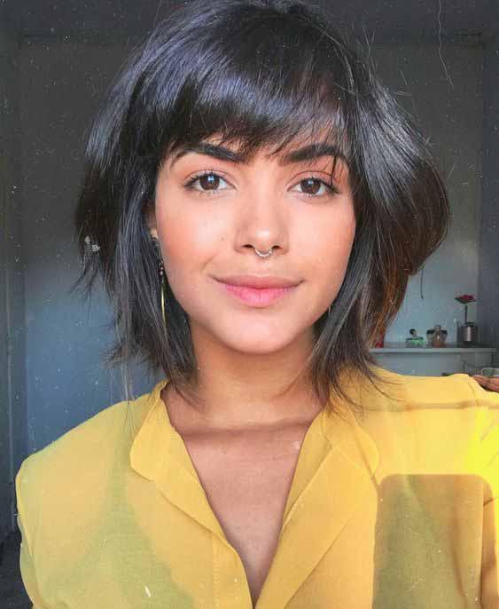 cabelo curto com franja