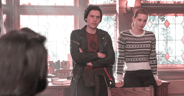 JUGHEAD AND BETTY GETTING RID OF EVIDENCE