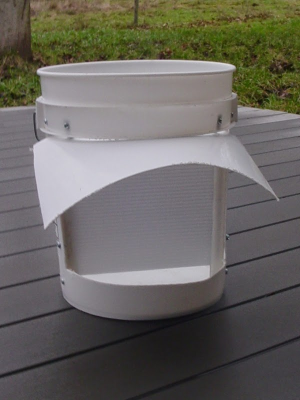 Bucket with Rain Shield - No Lid Attached