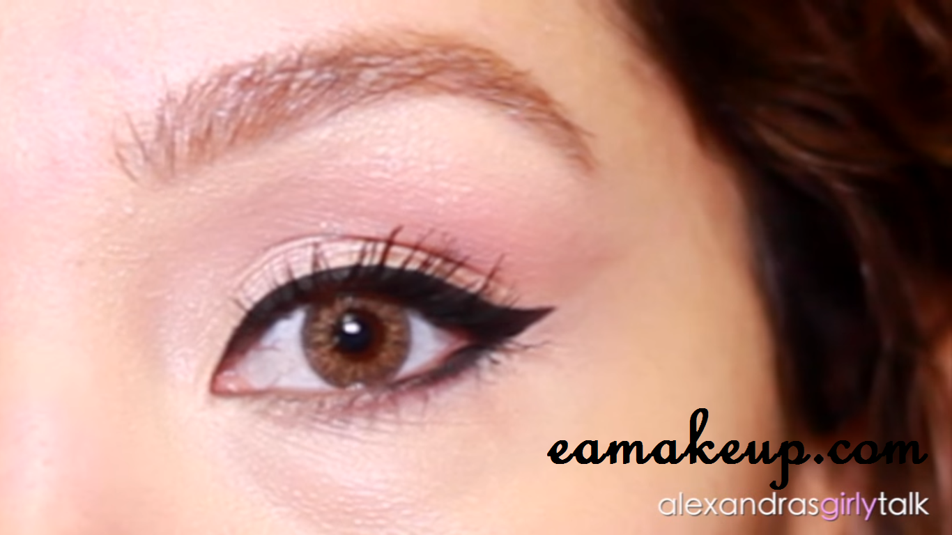 How to do classic winged eyeliner everything about makeup do you struggle with doing the perfect winged eyeliner dont worry today i am going to share the easiest way to do winged eye liner baditri Image collections