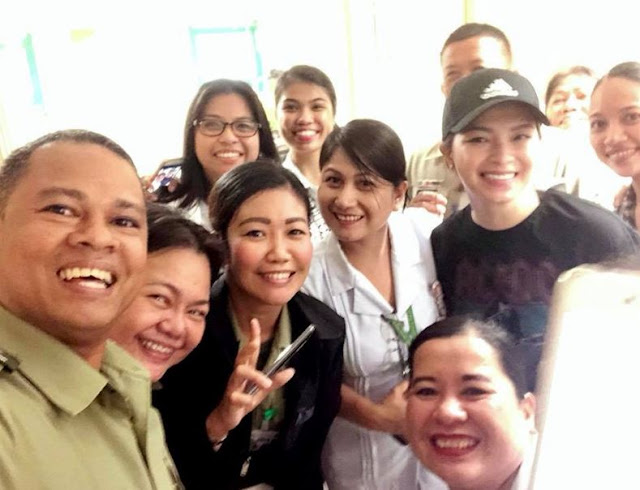 A Staff From The Army General Hospital Praised Angel Locsin For Her Humility