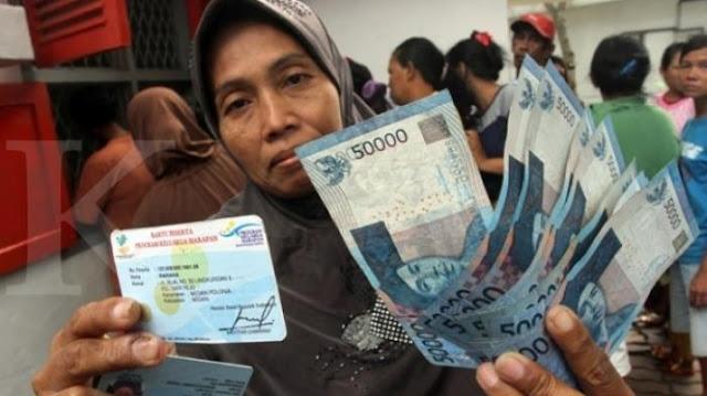 Bantuan Program PKH Rp 300 Ribu Tak Cair, Solusinya Segera Akses dtks.kemensos.go.id