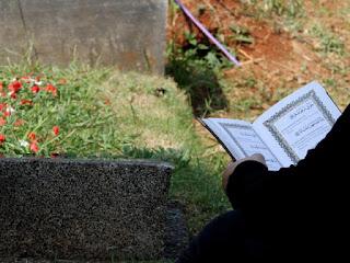 Kuburan Menurut Syariat Islam Bukanlah Tempat Untuk Membaca Al-Qur'an