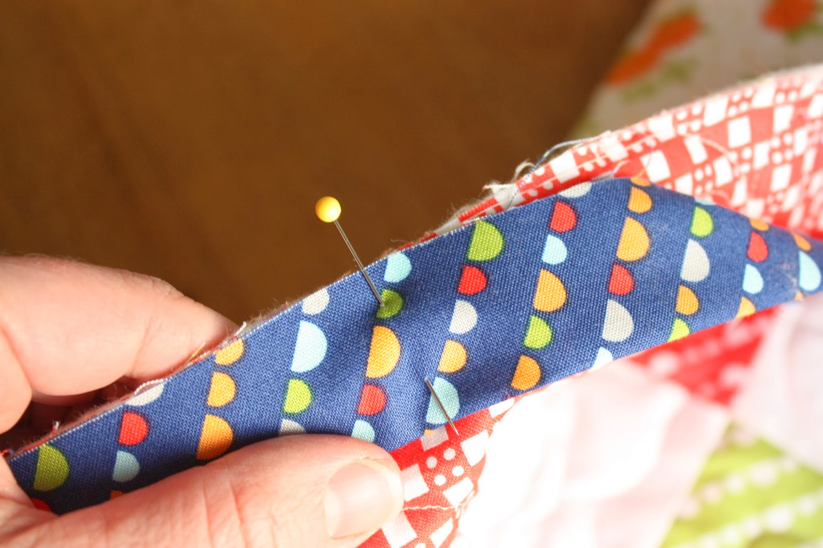 How to Finish and Bind a Quilt - Diary of a Quilter - a quilt blog : binding quilt edges - Adamdwight.com