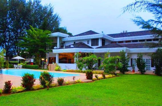 Casa Rasa Sayang Resort kolam renang