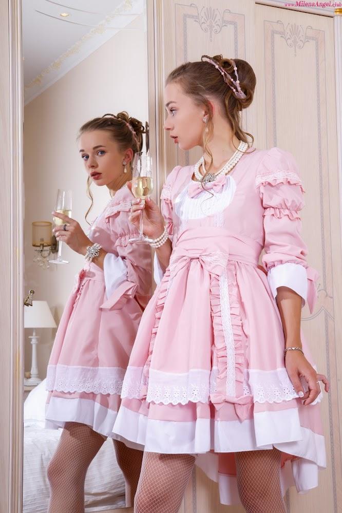 [MilenaAngel.Club] Milena Angel - Marie Antoinette - idols