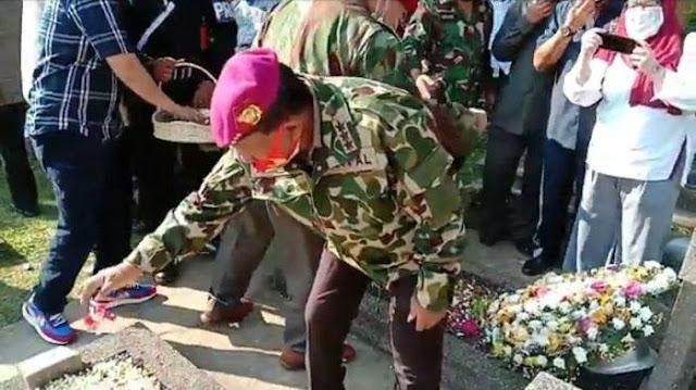 Ziarah di TMP Kalibata, Sinyal Penegasan PPKN Tidak Rela Ideologi Negara Dirongrong
